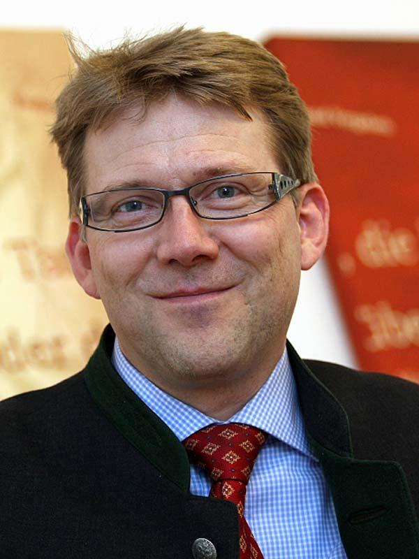 Dr. Michael Bonefeld
