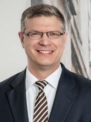 Dr. Marc Steffen